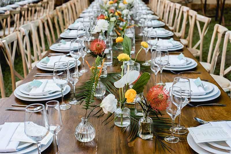 mesa para boda amarillo