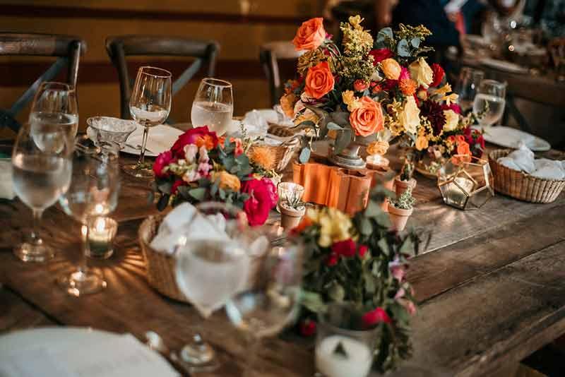 mesa de madera para boda