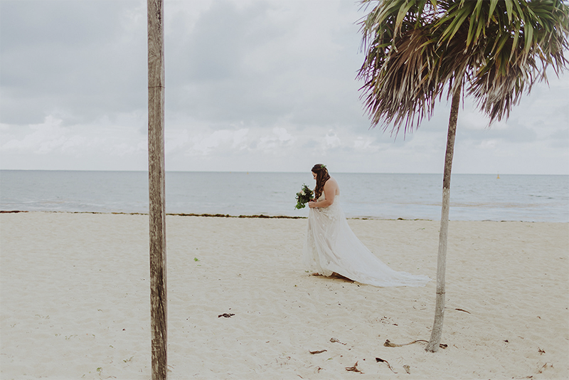 bride in cozumel