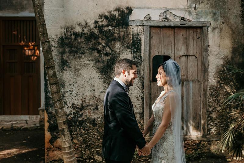 Novia y novio en Yucatán
