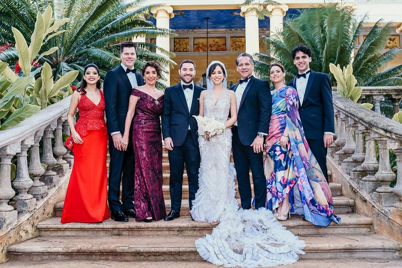 Familia en boda