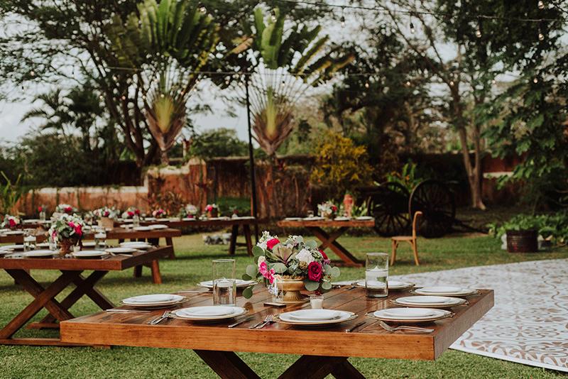 mesas de madera para boda