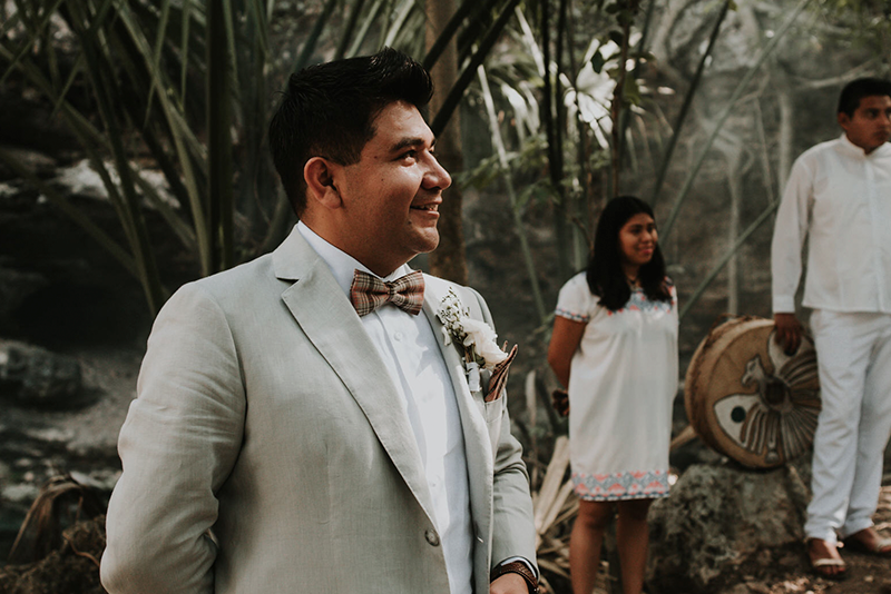 Ceremony wedding at cenote X'batun