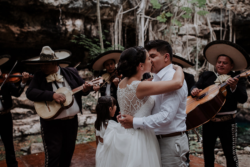 Mariachi surprise at cenote X'batun