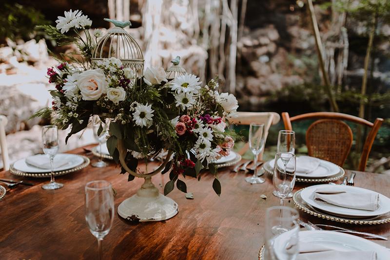 Decoración para boda en cenote